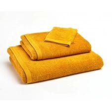 Drap de bain jaune mimosa 70×140 en coton bio