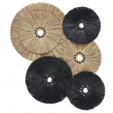 Déco murale en fibre végétale noire et beige 120×109