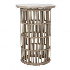 Table d'extérieur en béton gris foncé et rotin