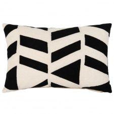 Coussin en coton blanc et motifs brodés noirs 40×60