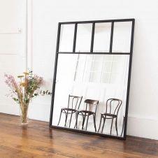 Miroir verrière compartimentée en métal noir Bricklane decoclico Factory