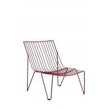 Chaise longue en acier rouge